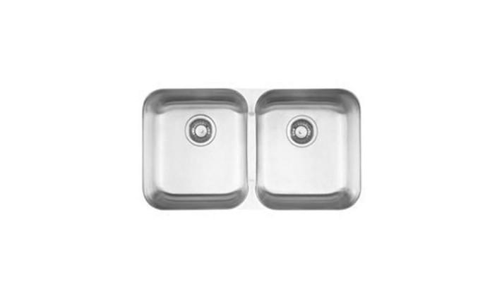 Évier de cuisine Franke Kindred QDUA1831/8 Steel Queen de calibre 20, en acier inoxydable sous comptoir à deux cuves, L 30-7/8 in. x P 17-3/4 in. x H 8 in., drain arrière, rebord en miroir, bol satiné